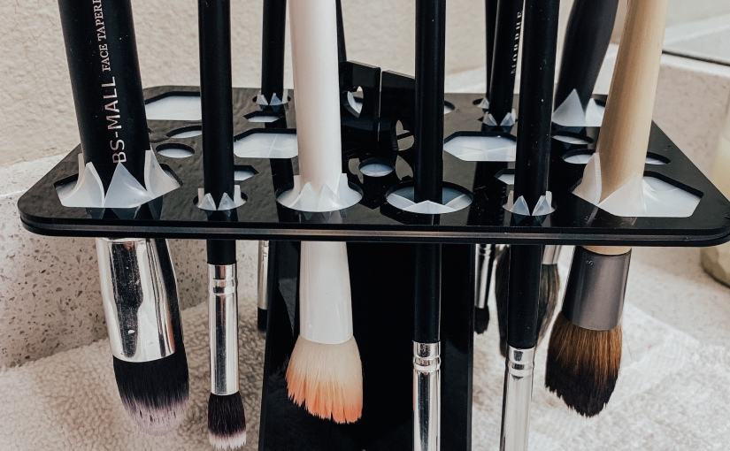 How to Clean Your Makeup Brushes (And Why You Need to ASAP)